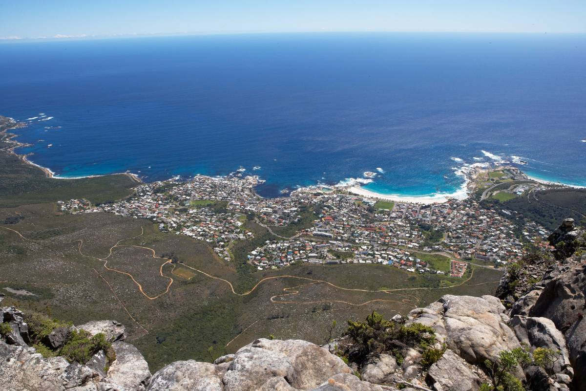 camps_bay_view_wide_1200_800_70_s