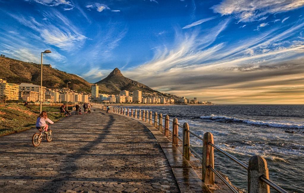 sea-point-promenade1